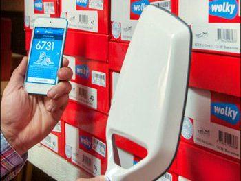 SCARPE INTELLIGENTI: LA TECNOLOGIA RFID RENDE SMART ANCHE IL NEGOZIO