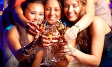 Bere vino, fa bene ed è buono: se è davvero il vino della tradizione