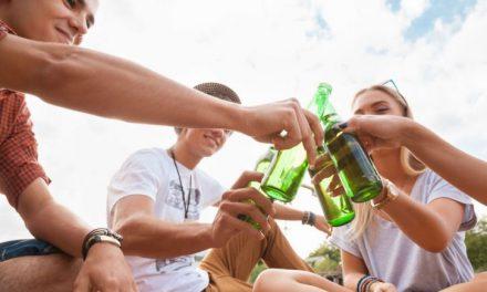 LOTTA ALL'ALCOLISMO IN IRLANDA: SULLE ETICHETTE MESSAGGI DI ALLERTA
